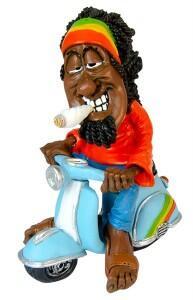 Figur Polyresin Rastaman mit Trommel Joint Puppe Figur Rasta Man Hanf Schlagzeug